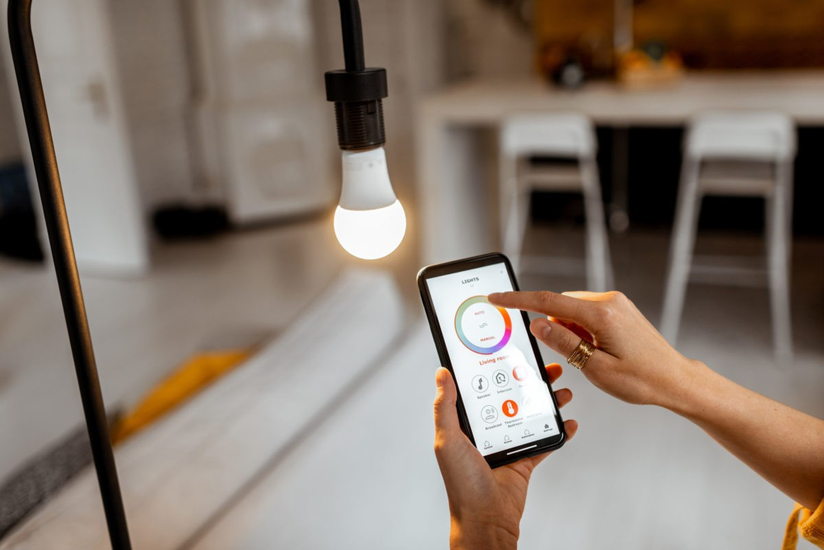 Everything To Know About Smart Lights [Before Buying]